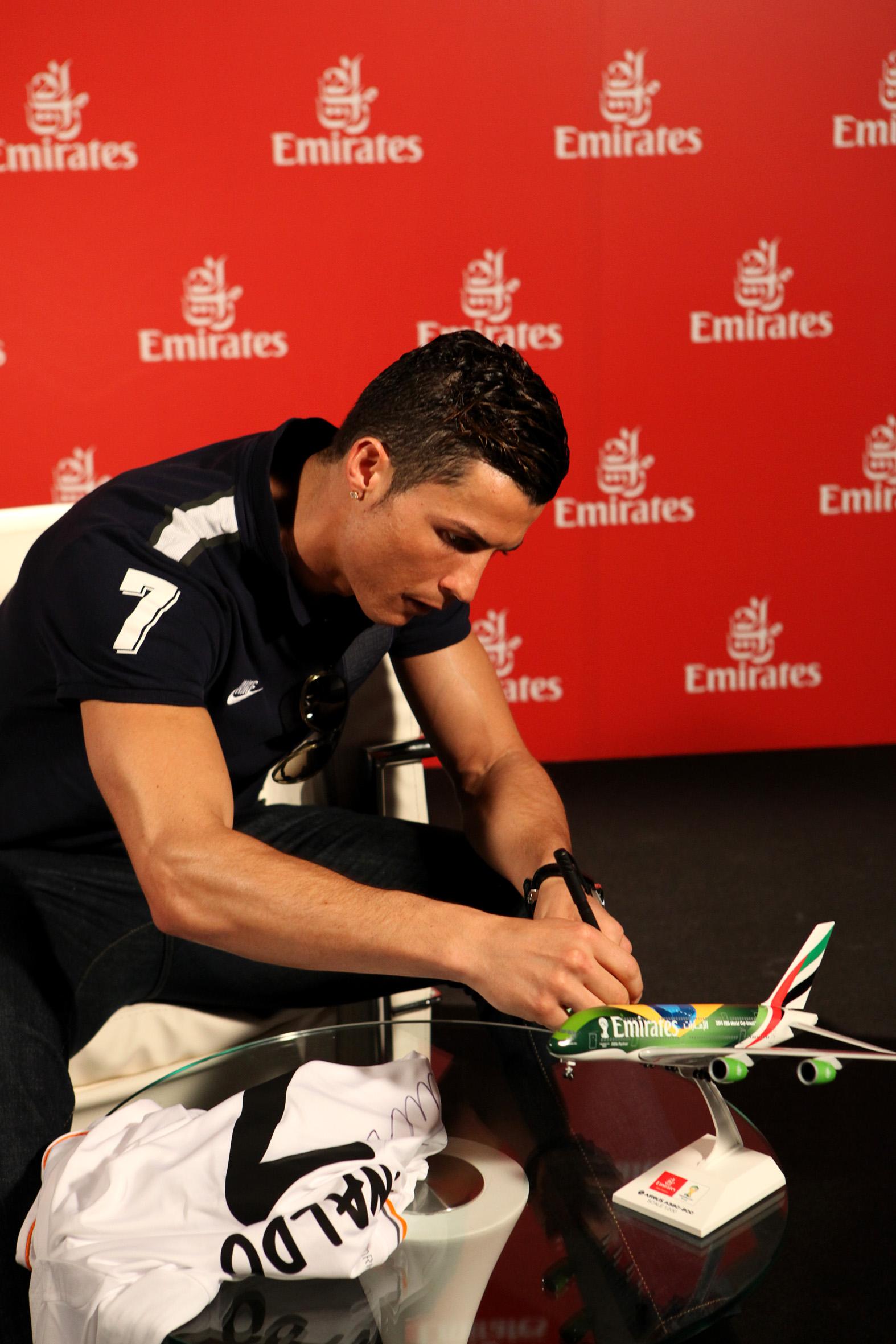 Emirates Cristiano Ronaldo